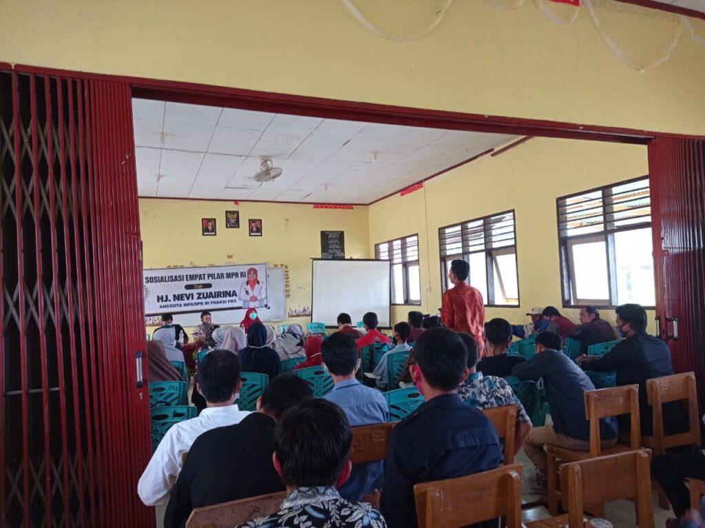 Akhir sidang DPR, Nevi Zuairina Sosialisasi Empat Pilar Berbangsa dan Bernegara Bersama Kaum Milenial